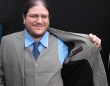 David gets ready for summer with this medium grey 3 piece in linen and lined in cotton.